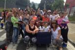 Colombia BU student volunteers